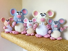 Crochet Pattern Mouse - Woolmice - English