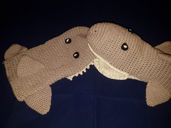 Dalek-Inspired Fingerless Gloves - Auburn Elephant | 450x600
