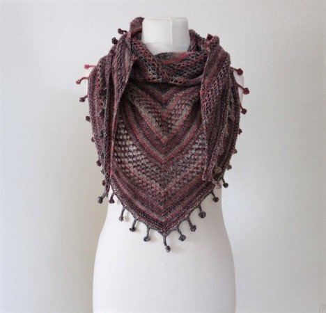 "Knitting pattern shawl ""Fringes"""