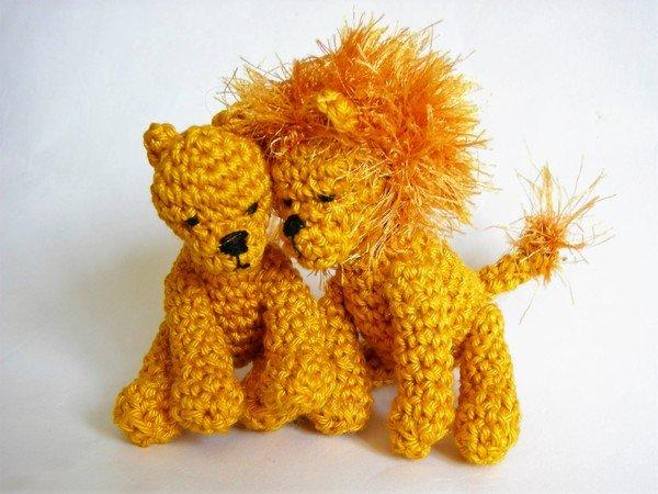 Häkelanleitung Löwin und Löwe