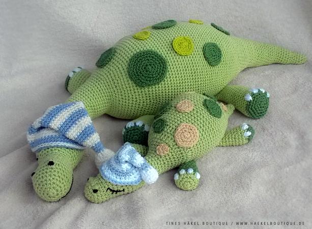 Dino häkeln /// Schlummerdino Mami + Babys