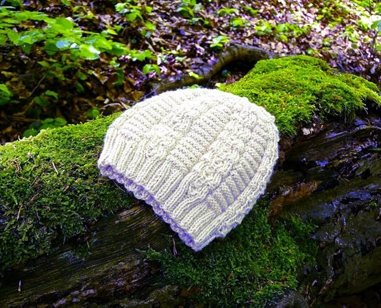 "Knitting pattern for ribbed and textured beanie ""Silly Blowball Hat"""