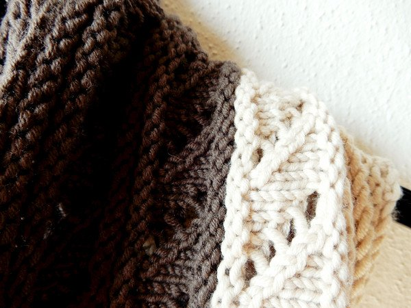 "Infinity scarf knitting pattern in two sizes, buttoned or in the round, ""Mousse au Chocolat"""