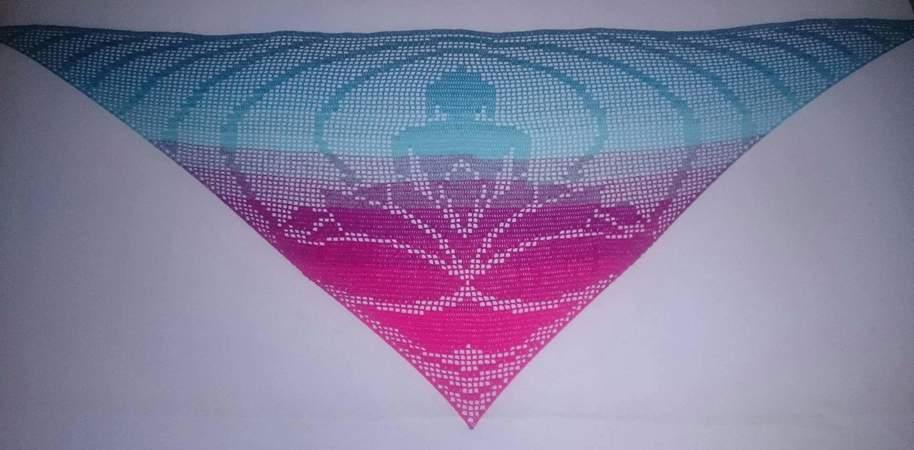 Dreieckstuch Häkeln Motiv Friedvoll