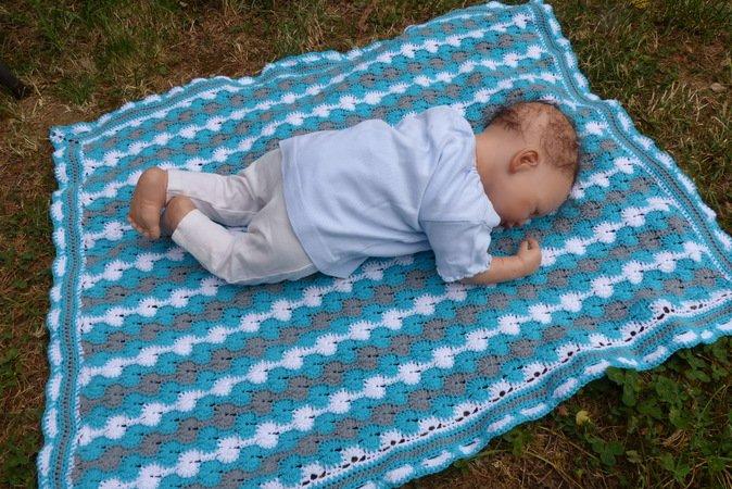 Gehäkelte Decke - Häkelanleitung Babydecke