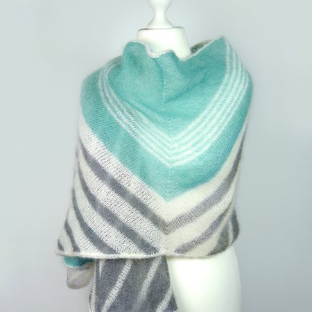 Shawl / Stole WINDSEEKER knitting pattern