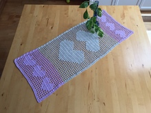 Crochet Instructions for a Table Runner