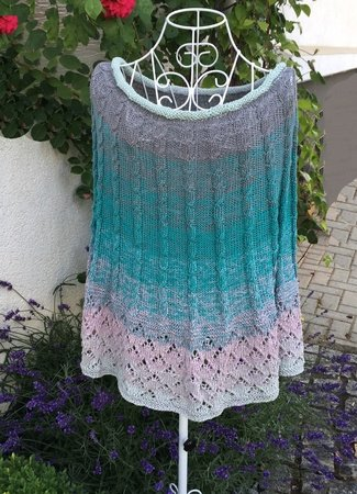 "Poncho ""MUSTER-DUO"" mit 1 Bobbel Woolly Hugs sticken"