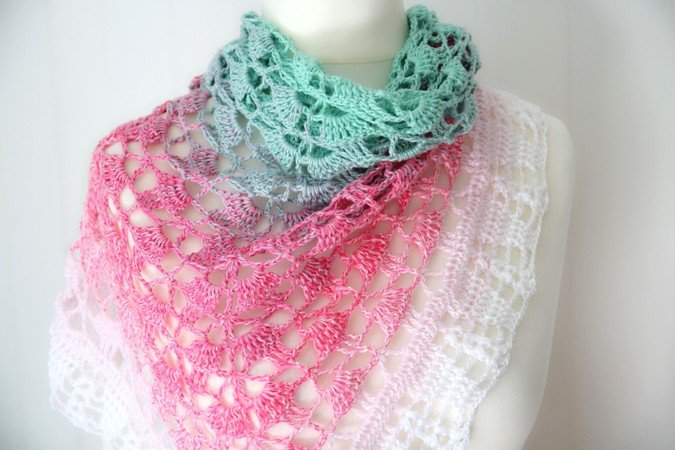 crochet pattern triangular shawl \
