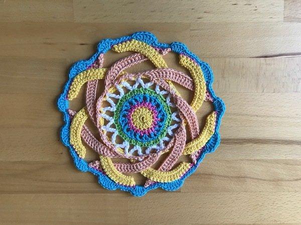 Häkelanleitung Mandala - Deckchen