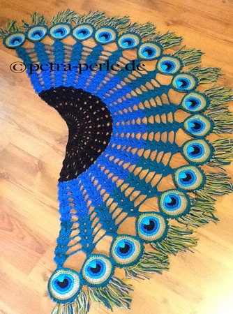 Peacock Feather Scarf - Crochet Pattern