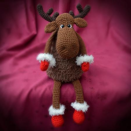 gro er oder kleiner elch weihnachtselch mit handschuhen. Black Bedroom Furniture Sets. Home Design Ideas