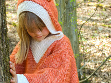 CHILDREN'S Poncho - Fox SIZE: 104/110 A Knitting Pattern By  Totalwollig