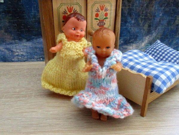 Strickanleitung Puppenkleider Fürs Puppen Größe Ca 10 Cm