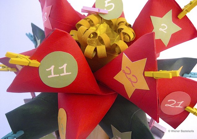 "Adventskalender ""Weihnachtsstern"" aus WC-Papier-Rollen, Upcycling, Recycling"