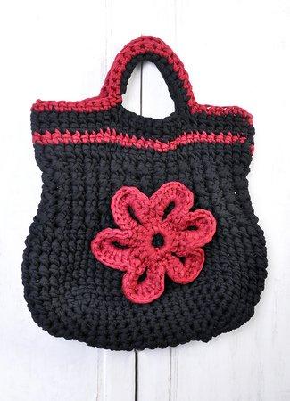 Tasche mit Blume häkeln