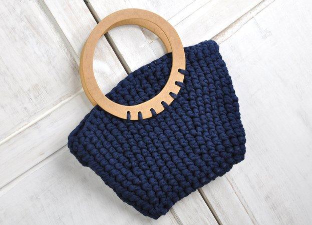 kleine Tasche mit Taschengriffen häkeln