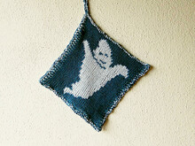 "Halloween double knitted potholder ""Boohoohoo"""