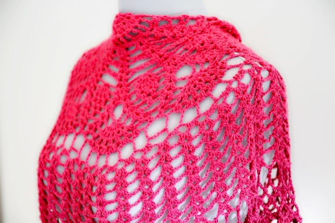 "crochet pattern triangular shawl ""Julia"""