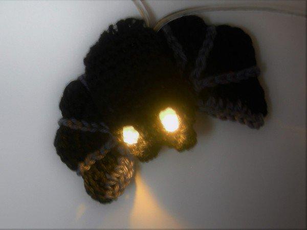 Fledermaus häkeln /// Halloween-Deko häkeln