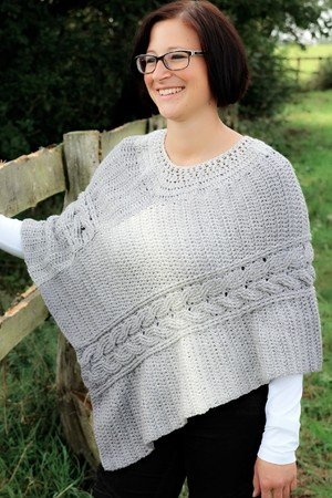 crochet pattern poncho with cable pattern, all sizes