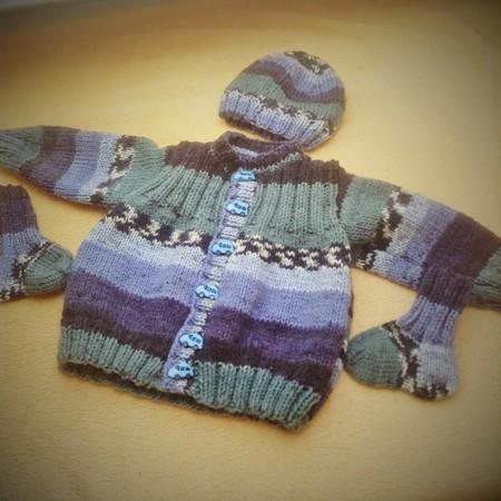 Strickanleitung Für Eine Babygarnitur Gr68