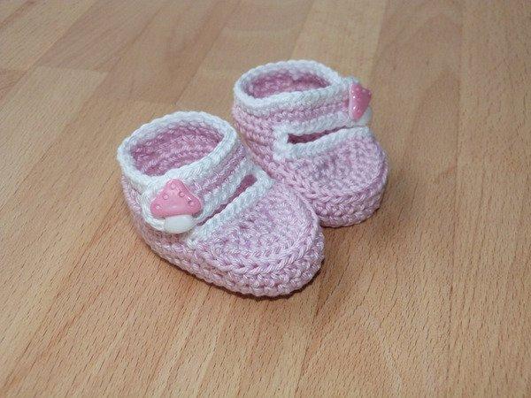 Completely new Crochet pattern for lovely doll's ballet flats (ballerinas) EY34