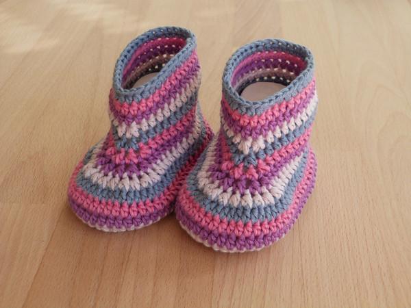 Häkelanleitung für Baby-Booties in 3 Größen
