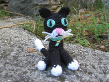 Black cat crochet pattern