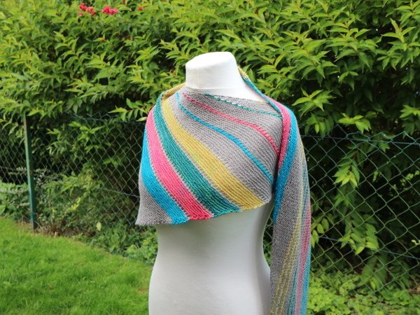 "Knitting pattern ""Leftover Shawl"""