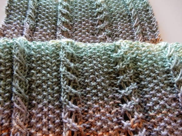 Lace and cables scarf knitting pattern \