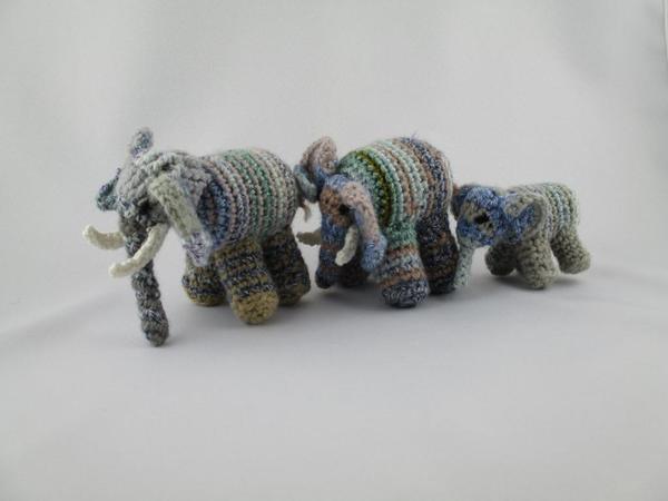 h kelanleitung elefant elefantenfamilie. Black Bedroom Furniture Sets. Home Design Ideas