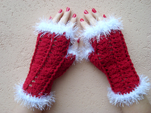 Christmas fingerless gloves