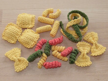 Crochet pattern for 6 sorts of pasta