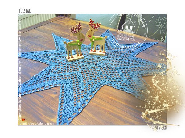 Julstar the star-shaped tablecloth for Christmas