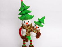Amigurumi Pattern for Crochet Snowman with Christmas tree