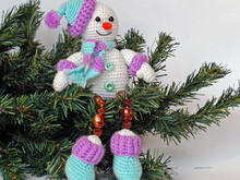 Amigurumi Pattern for Crochet Happy Snowman. Crochet toy with Beaded legs.