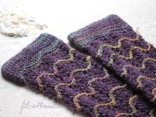 "Wrist Warmers ""Ebbe und Flut"", knitting pattern, 2 sizes"