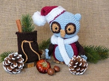 Emerson, the Christmas Owl - amigurumi crochet pattern