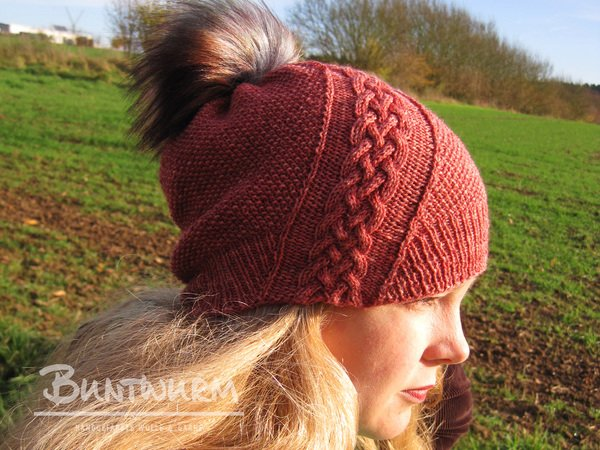"""Trena"" Hat - knitting pattern for fingering weight yarn"