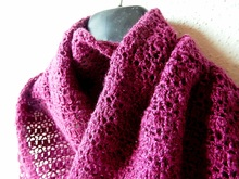 "Triangle shawl crochet pattern ""Feathery"""