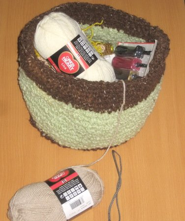 Crochet green basket