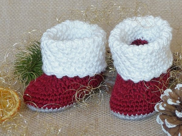 "Baby Booties ""Anouk"", 0-6 months – Crochet Pattern"