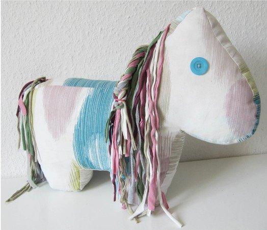 Schnittmuster/Nähanleitung Stofftier Pferd \