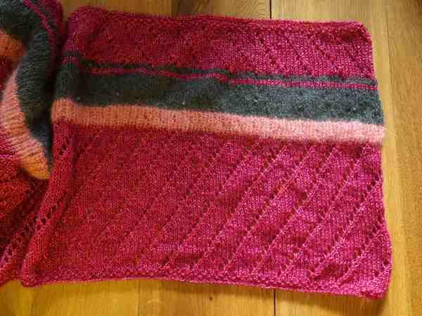 Strickanleitung Lace-Schal mit Glitzer