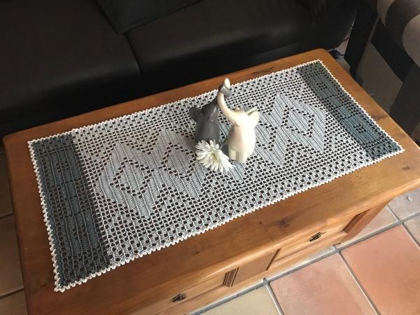 tischl ufer h keln tischdecke motivdecke. Black Bedroom Furniture Sets. Home Design Ideas