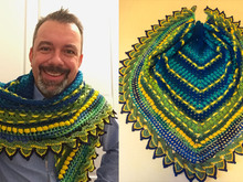 "Triangle Shawl, Scarf - Helmi`s ""Neptune`s Dream"""