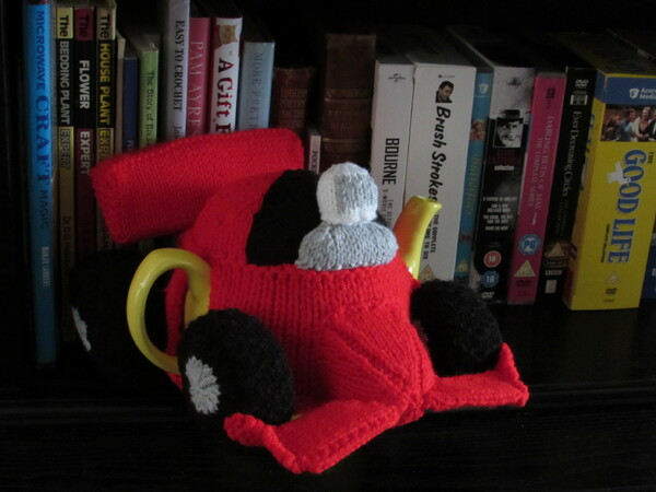 F1 Racing Car Tea Cosy Knitting Pattern
