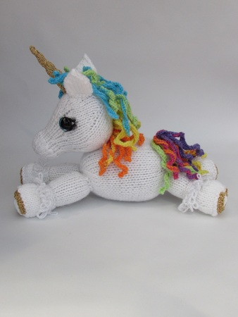 Unicorn Toy knitting pattern