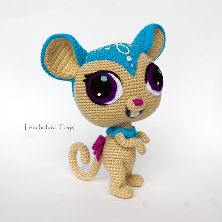 Amigurumi pattern for crochet sweet brown mouse. | 450x450